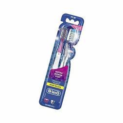 Oral-B 3D White Radiant Whitening Toothbrush 40, Medium, 2 e