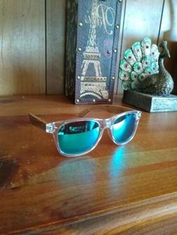 Millennial Clear plastic frame and wood arms polarized sungl