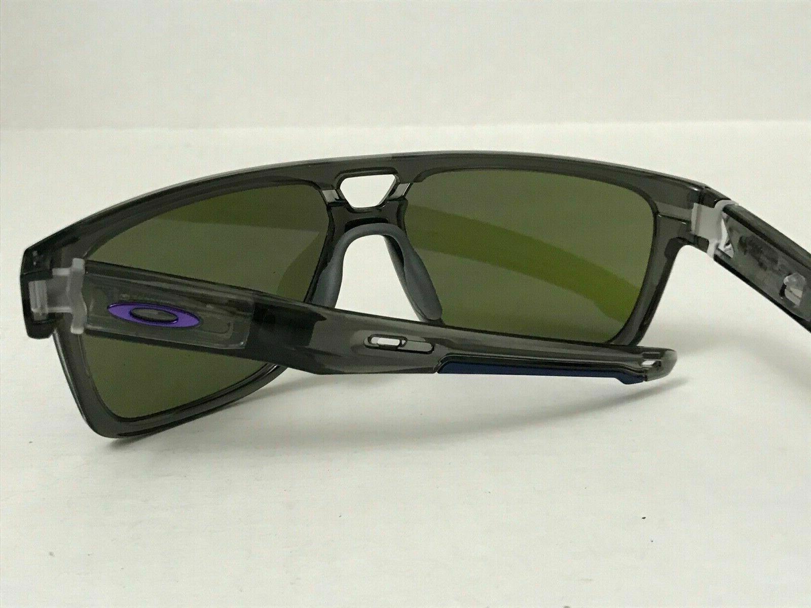 Oakley OO9382-0260 Grey W/ Violet Iridium
