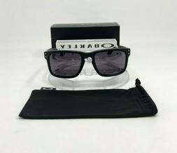 NEW Authentic Oakley HOLBROOK Sunglasses | Matte Black/Warm