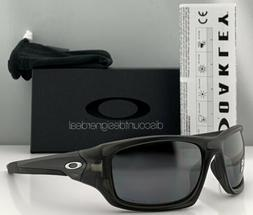 Oakley Valve Sunglasses OO9236-06 Matte Gray Smoke Black Iri