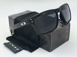 Sunglasses-Polarized22@ Holbrook Matte Black/Gray Iridium