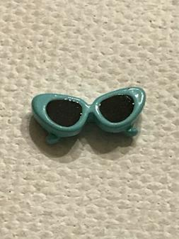 teal sunglasses charm